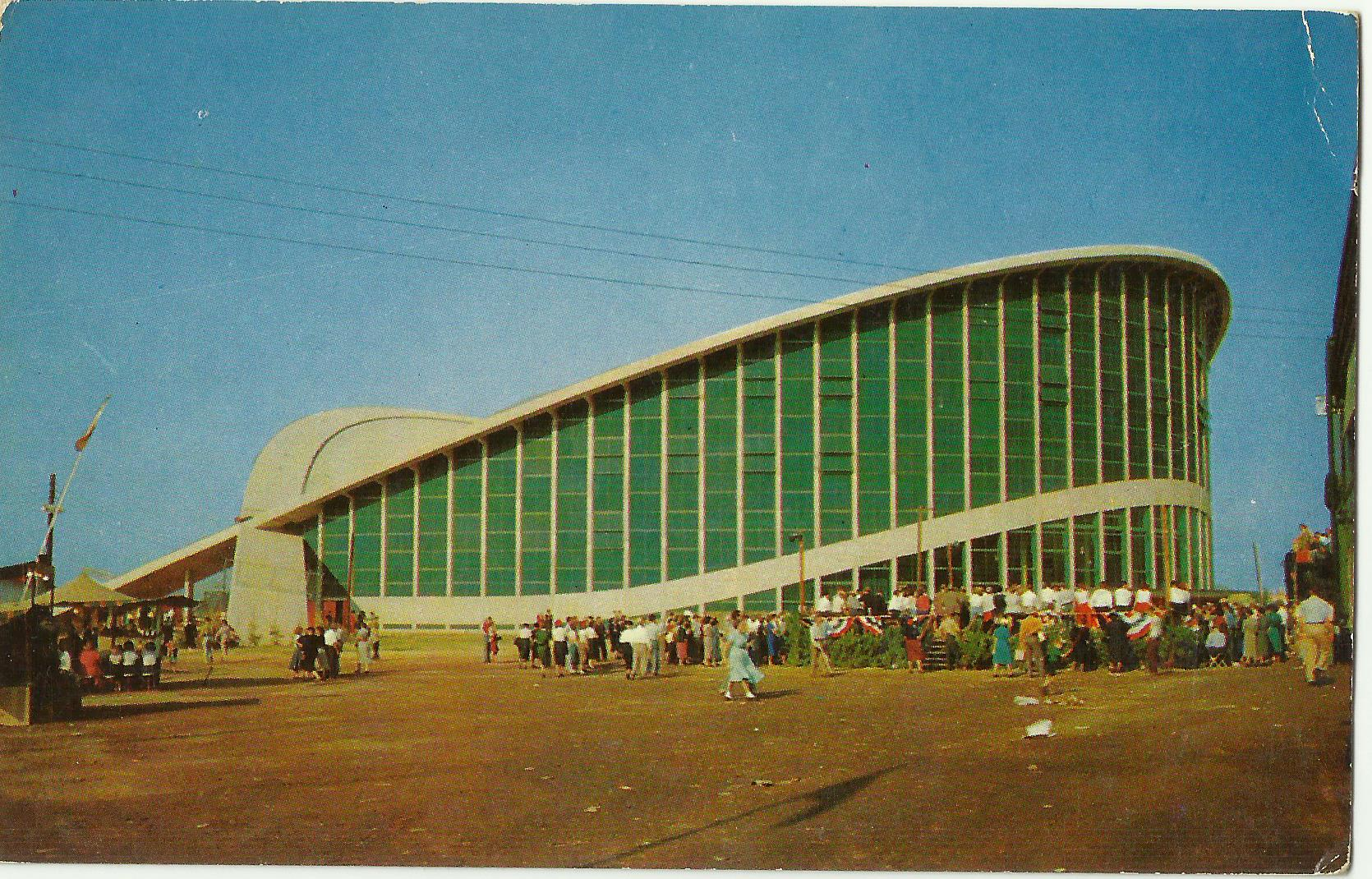 A 1960s postcard of the Dorton Arena. From the State Archives of North Carolina.