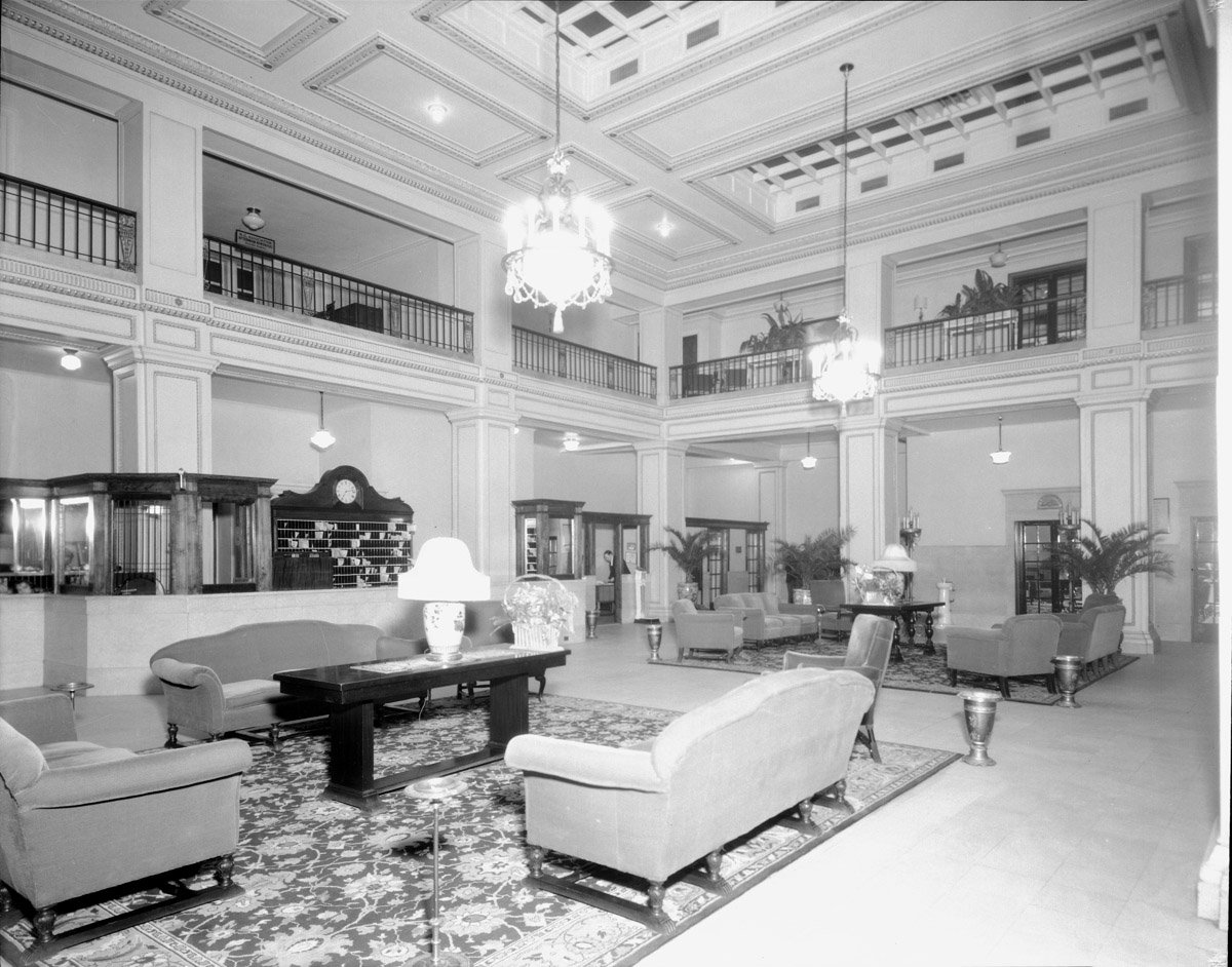 Inside the Sir Walter Hotel in the 1930s. Photo from the State Archives of North Carolina.