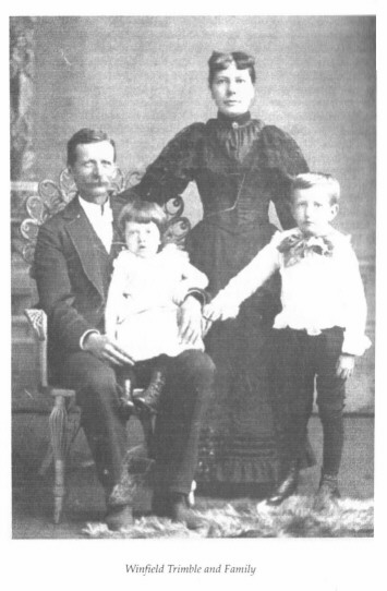 Winfield Trimble and his family in the Evergreen Mansion