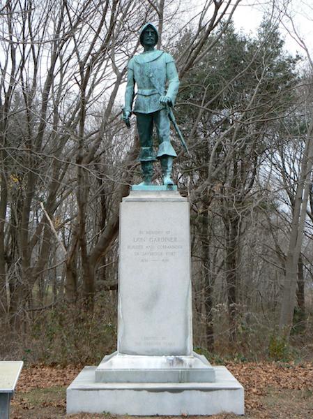 The statue of Lion Gardiner