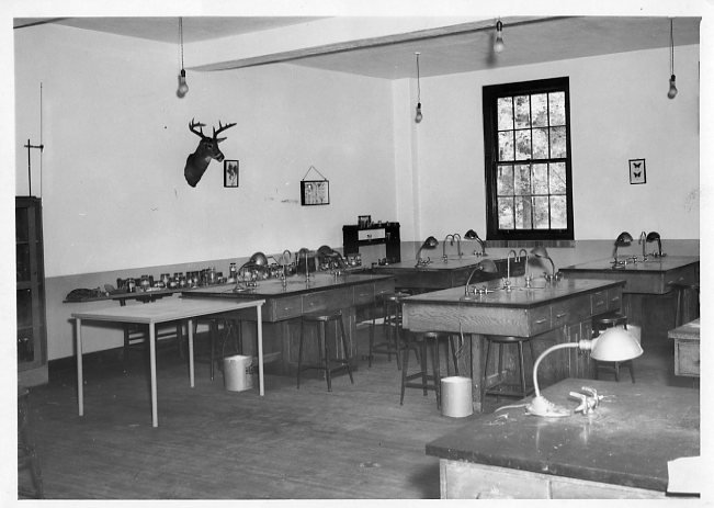 Biology laboratory in the Science Hall.
