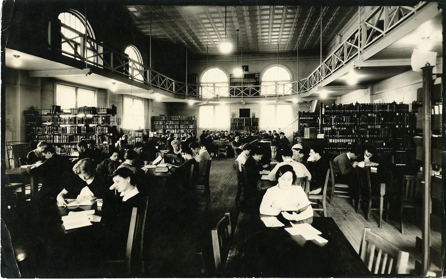 Students working in Tate Library, circa 1930s.