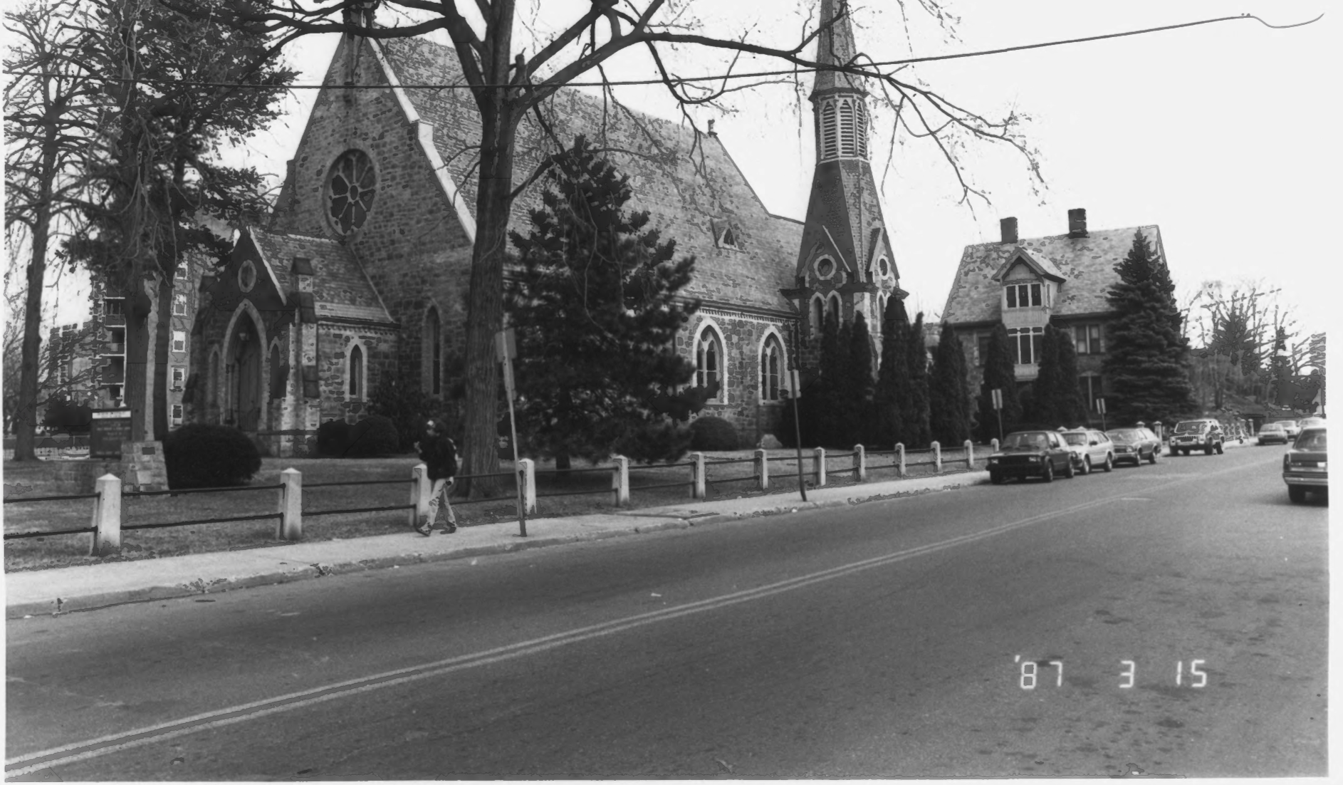 The Stamford Unitarian Universalist in 3/1987 as photographed by the Connecticut Historical Commission