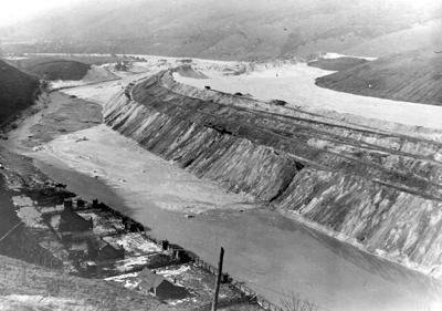 Image of the muck dam alongside the North Fork of the Holston River