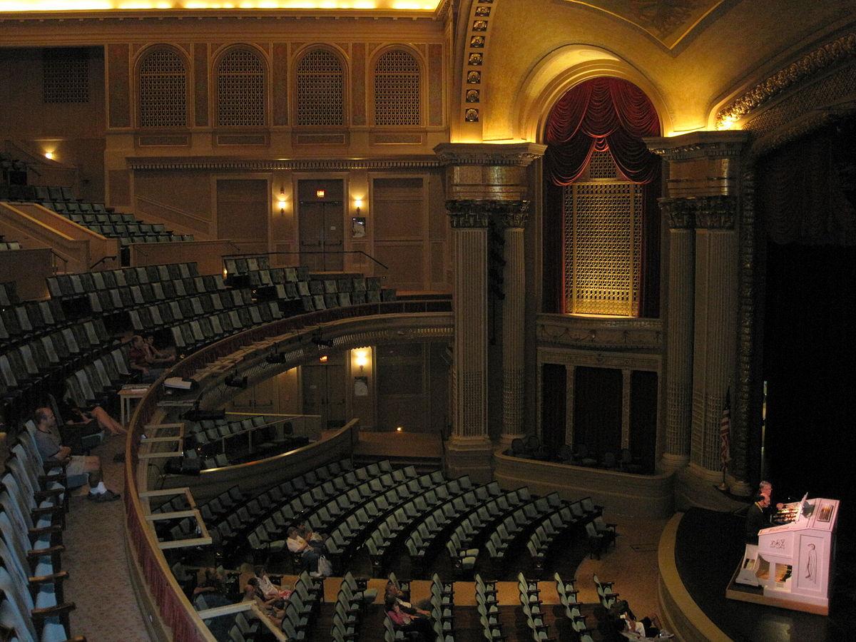 Hawaii Theatre Interior, left sidewall