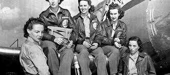Picture of Cornelia Fort (second from the left) and a group of fellow female flyers.