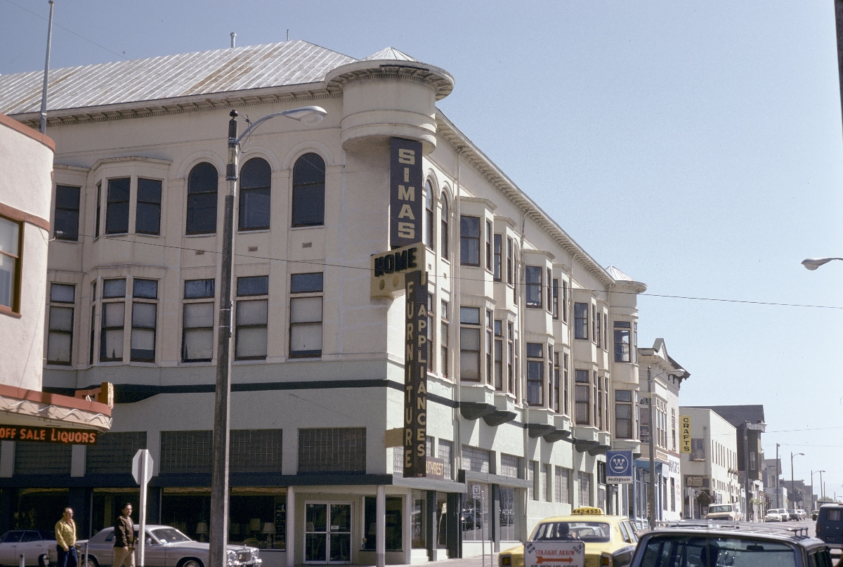 Carson Block Building (c. 1970s), with the stucco facade added in the 1920s and other updates made in the 1950s and 1960s.