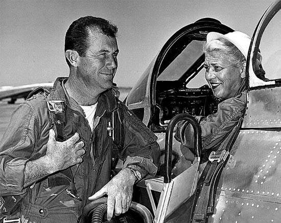 Cochran talking to famous aviator Chuck Yeager.