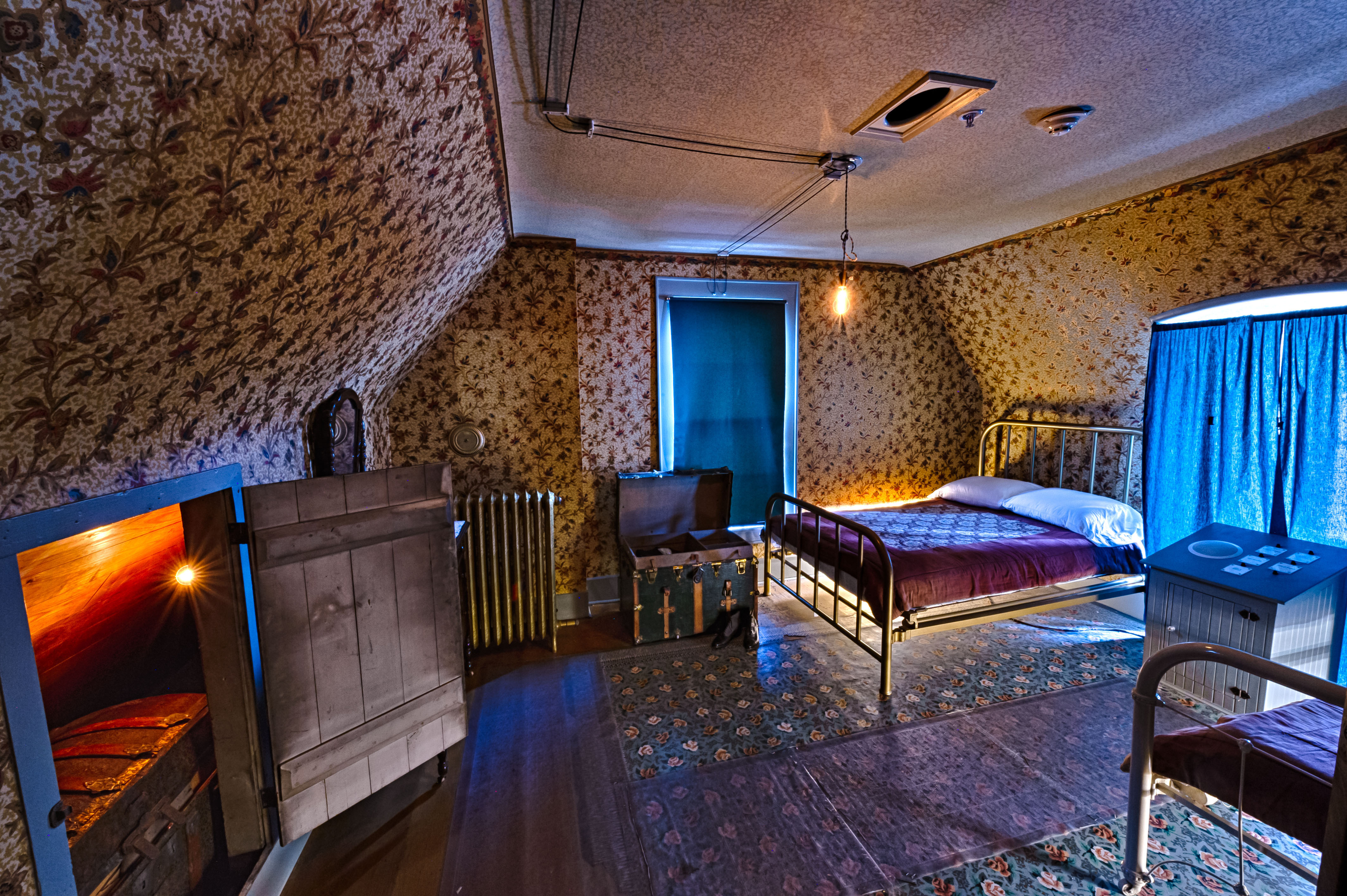 Interior bedroom of the boarding house
