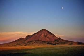 Bear Butte as it stands today.