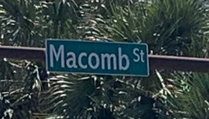 Macomb Street signage