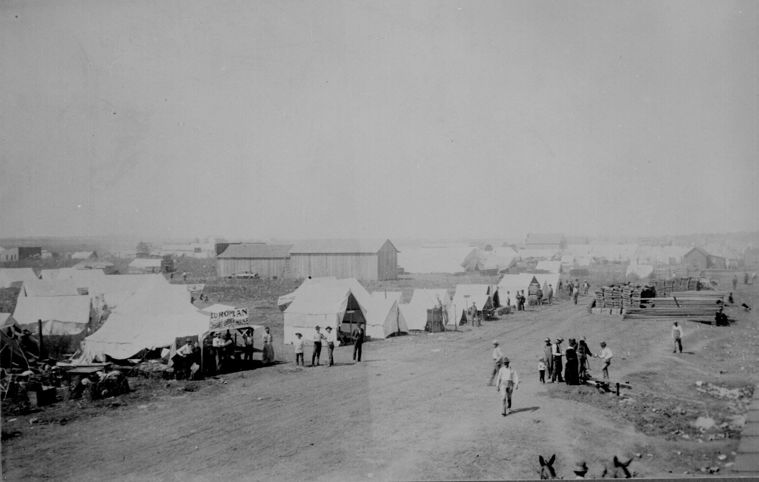 """Tent Cities"" that popped up on the first day of the Land Rush. This is Guthrie, OK on April 22nd, 1889."