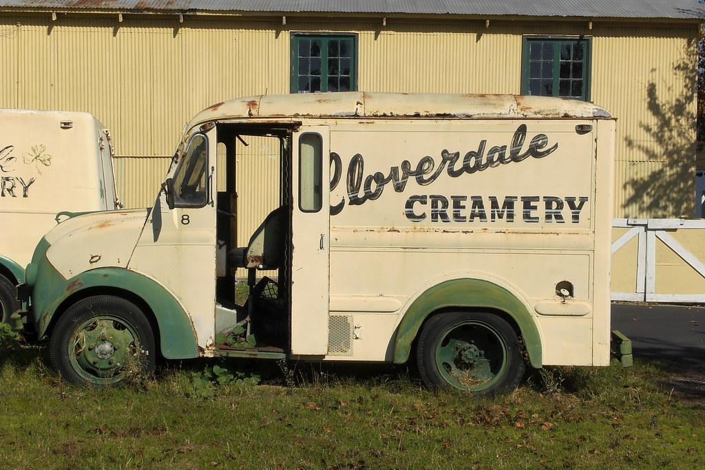 One of Cloverdale Creamery's classic Divco delivery trucks. Divco's trucks kept the same basic exterior from 1937 to 1986. (courtesy Rob Klindt, Flickr)
