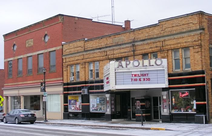 Apollo Theatre undergoing renovations in 2009.