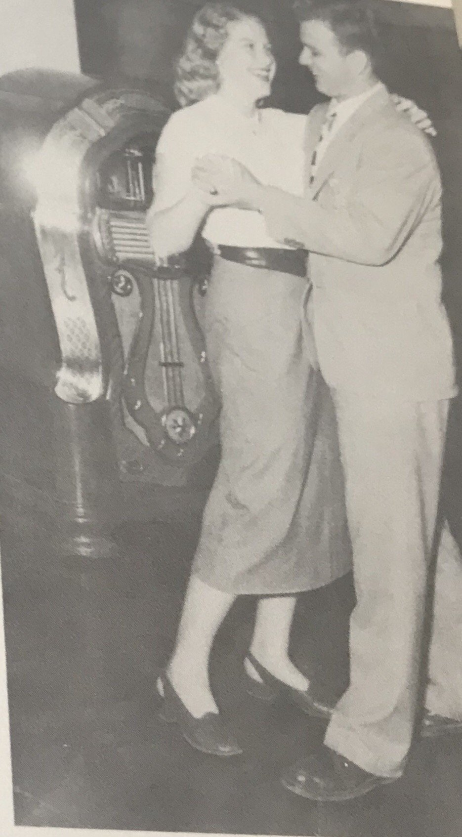 A couple dancing to the jukebox in 1947 in the Student Union 