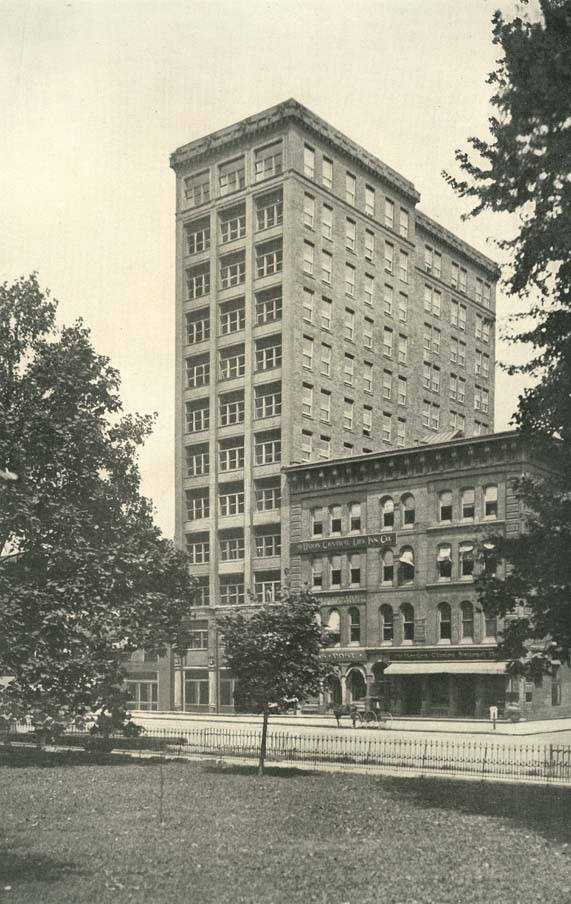 The Hayden Building in 1901.