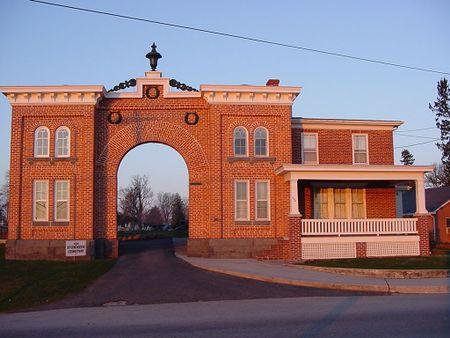 Evergreen Cemetery Gatehouse present day