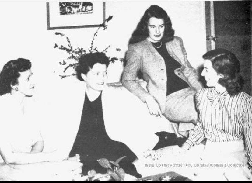 Margo Jones with TWU drama students in 1946. Courtesy of the Texas Woman's University Woman's Collection