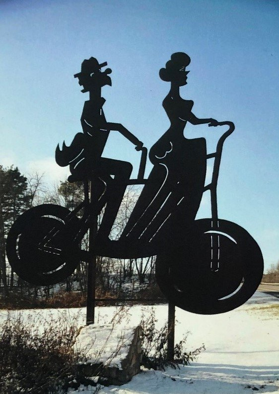 Though it depicts a vintage scene, this roadside giant was created in 2009 as part of the Lincoln Highway Heritage Corridor's Roadside Giants project.