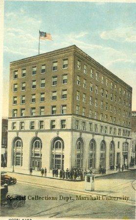 Postcard of the Morris Building, which housed the restaurant from 1986 to 2005, circa 1915