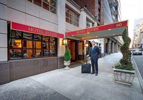 Hotel Elysee entrance