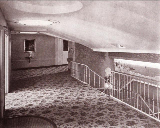 The Avon Theatre Promenade circa 1939, Courtesy of CinemaTreasures.Org Creative Commons