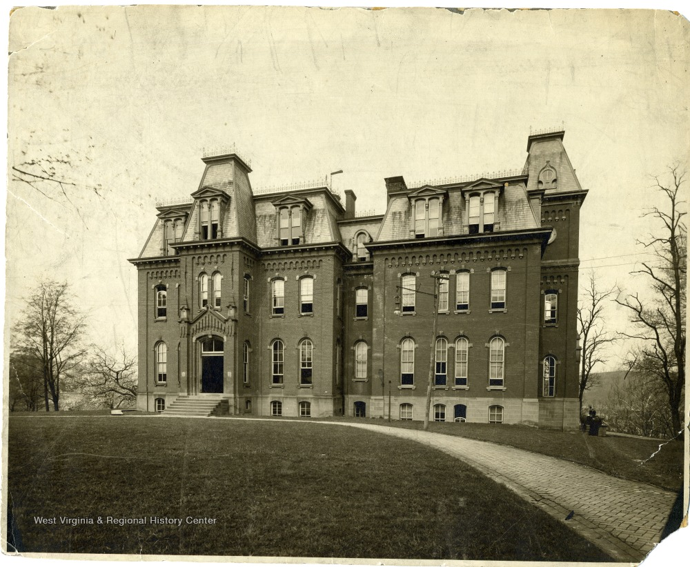 Woodburn Hall after completion of the north wing, but before the south wing was built. Photo ca. 1905.
