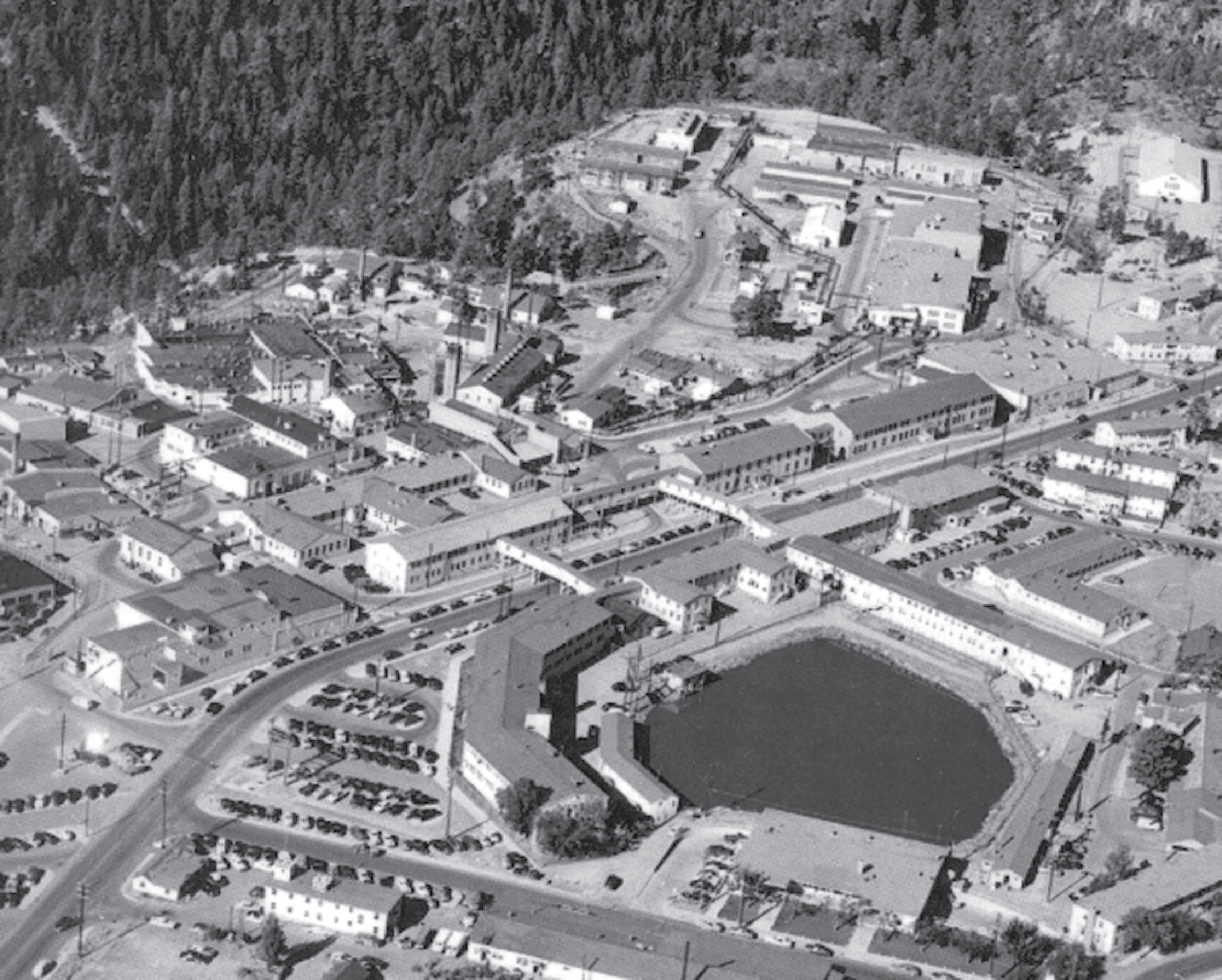This image shows an aerial view of the Gun Site Facilities of the Manhattan Project site in the Manhattan National Historical Park located in Los Alamos, New Mexico.