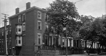 Historic black and white photo of Linden Row