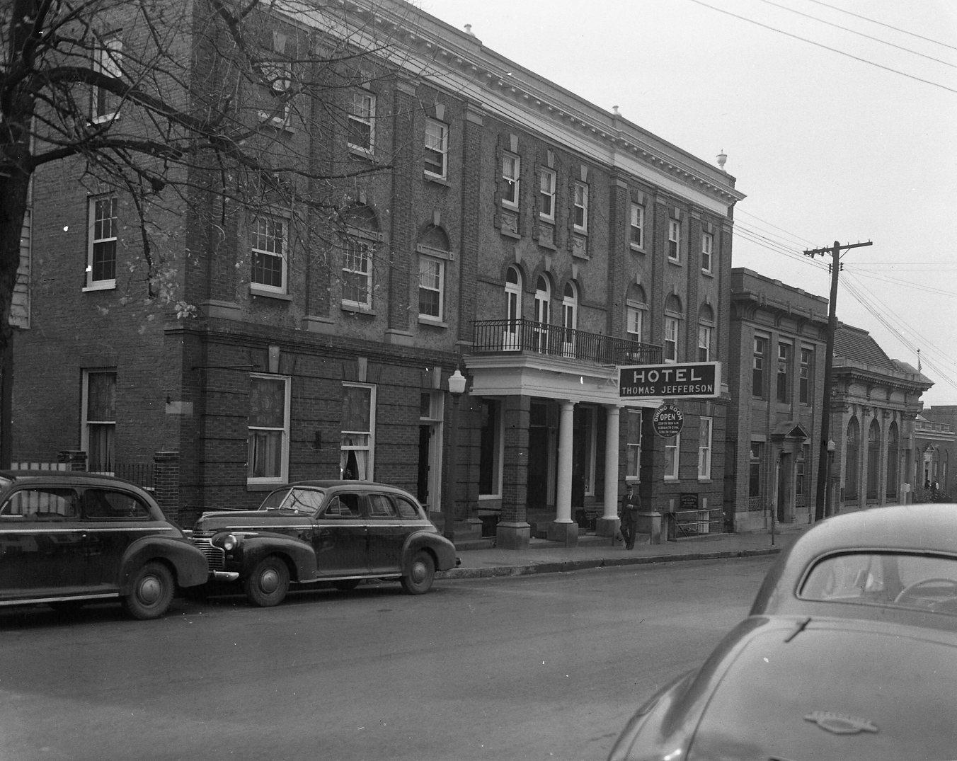 Thomas Jefferson Hotel, ca. 1945
