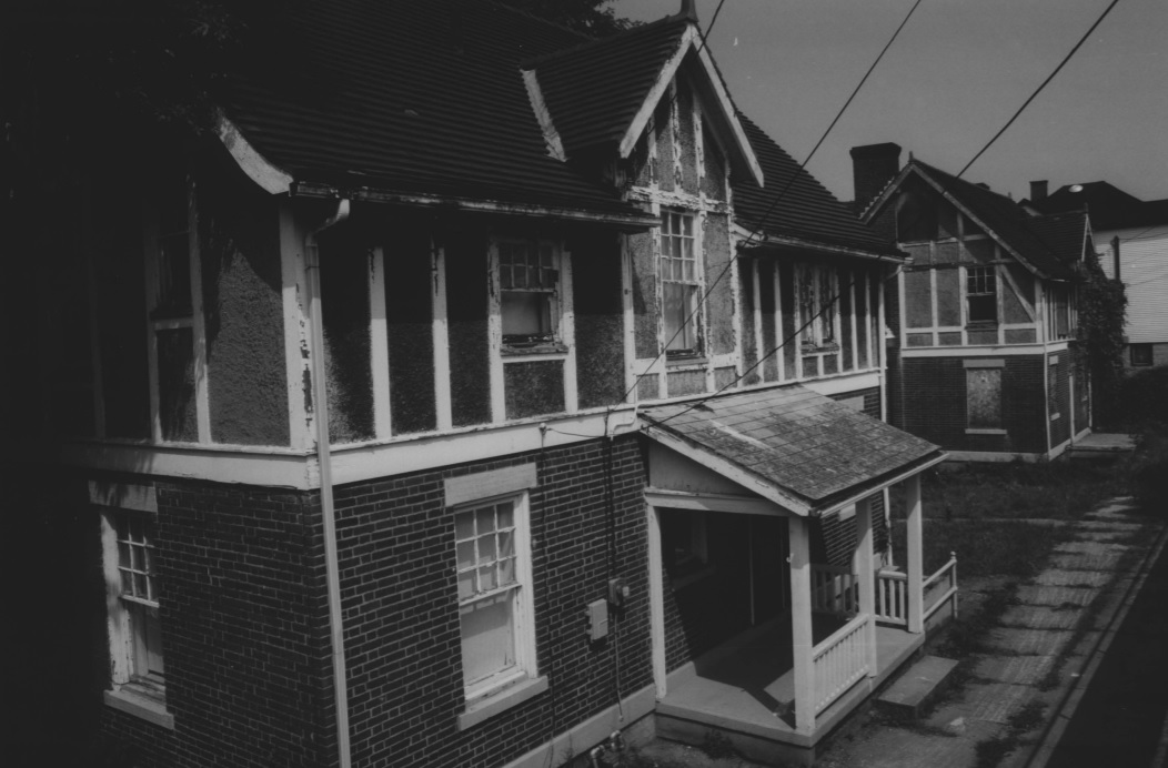 Photo of the Lockmaster Houses in 1992