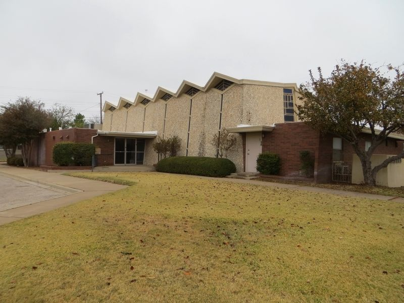 Temple Beth El was established in 1945 and built its current facility in 1962.
