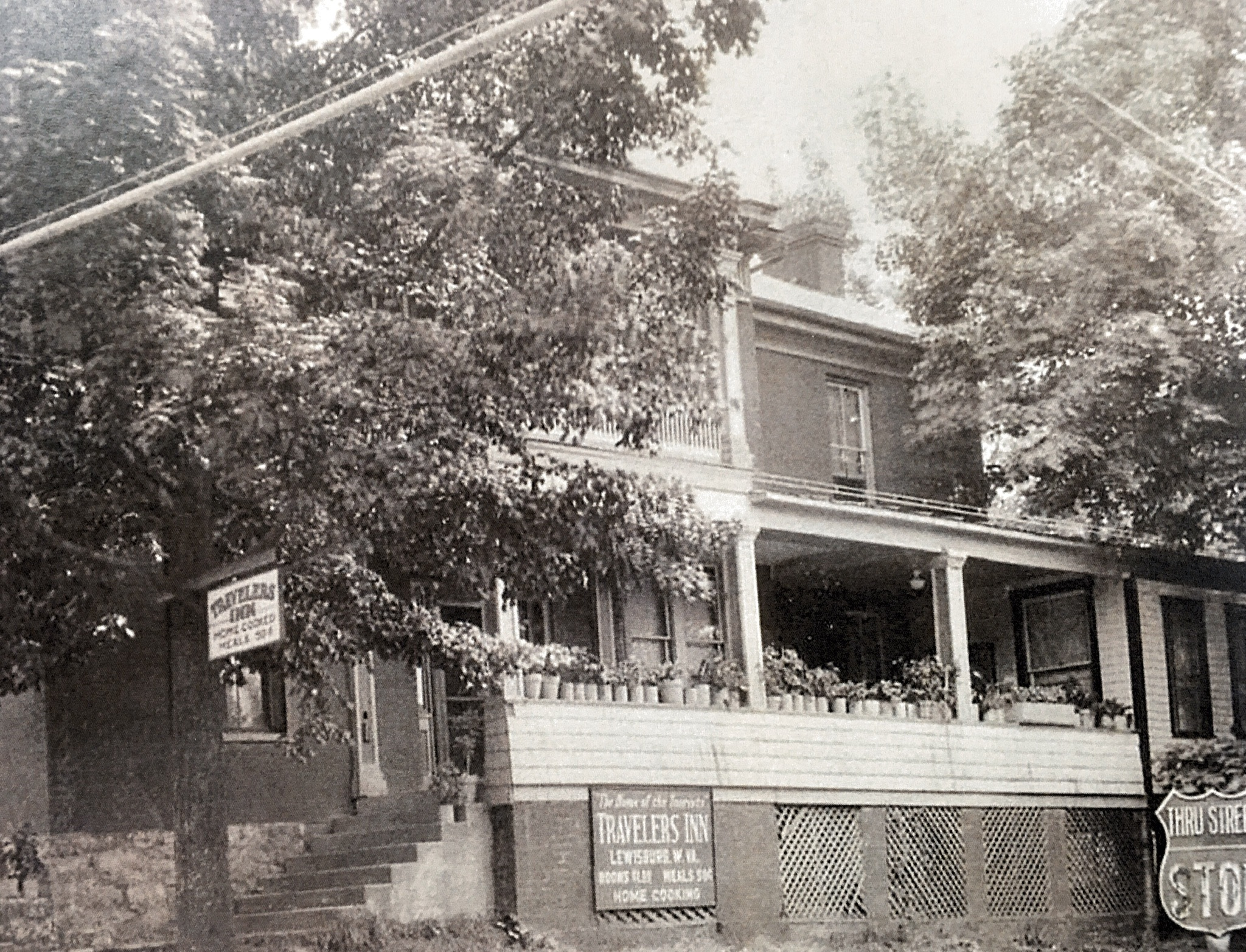 John North House in the 1930 as the Travelers Inn.