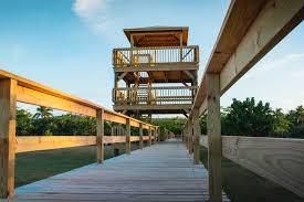 The viewpoint and the boardwalk are next to the river at the park. The boardwalk is 700 feet long.