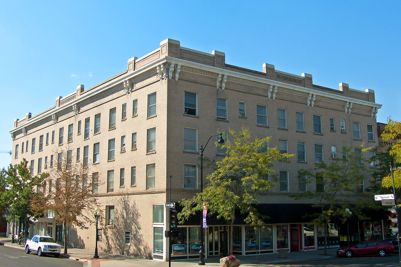 The Roberts Building was built in 1917 by prominent local builder William Roberts.