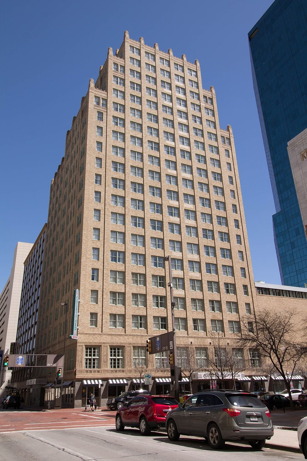 The Courtyard Fort Worth Downtown/Blackstone was built in 1929 and is a fine example of Art Deco architecture.