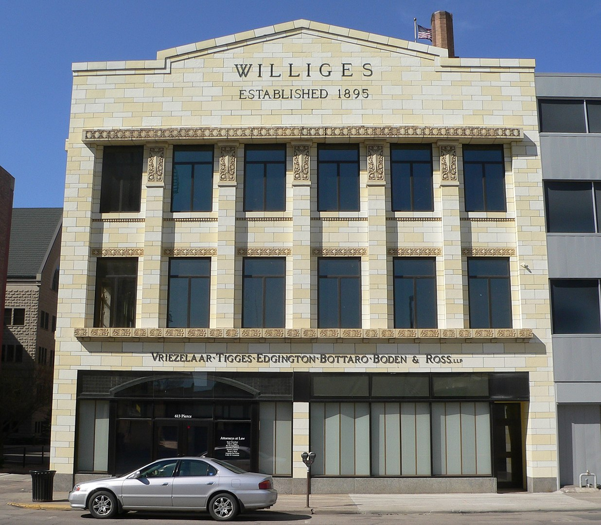 2012 Photo of the Williges Building in Sioux City -- Front View