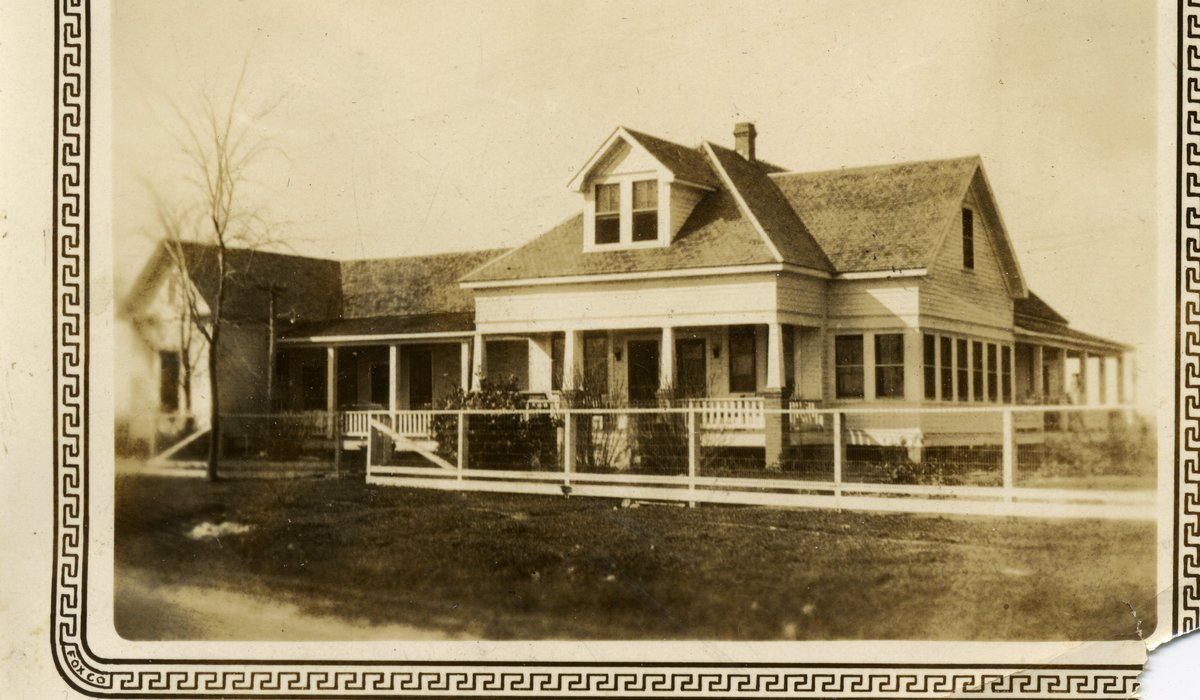 The Juergen's original home, taken in the early 1900s.