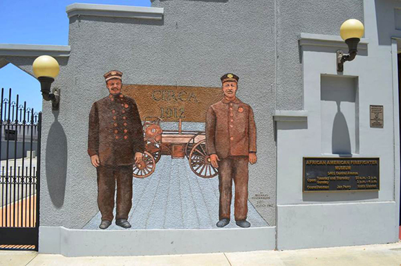A mural done on the building that represents the Fireman that worked in Los Angeles.