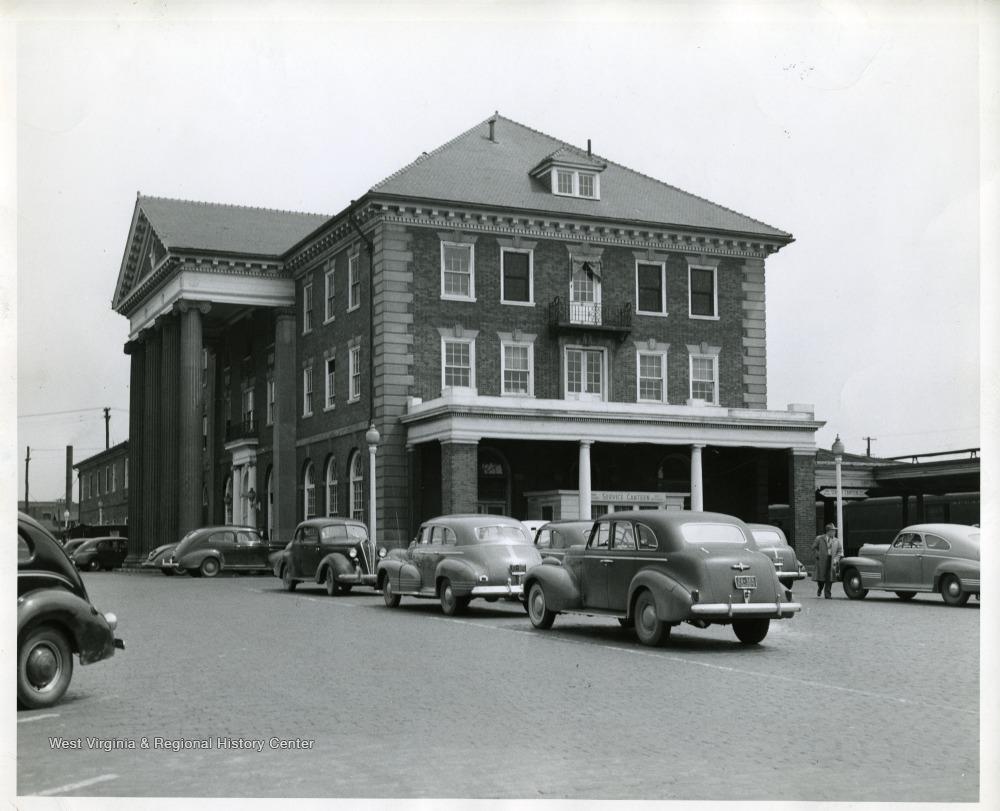 Cars outside the C&O depot