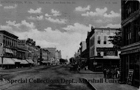 Postcard showing Third Avenue east from Ninth Street