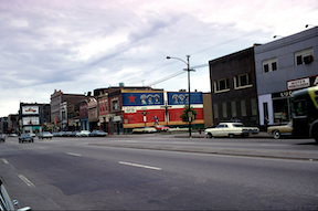 Mural from a distance.   George Stahl, La Crucifixion De Don Pedro Albizu Campos, Personal Collection of Chicago Murals, Chicago, in Chicago Mural Movement, accessed May 28, 2019, http://madstudio.northwestern.edu/ChicagoMuralMove