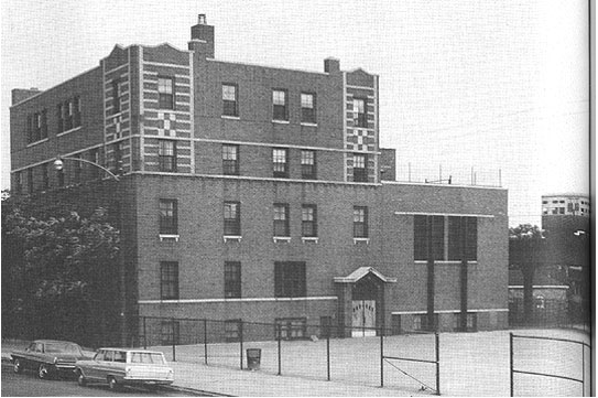The Gads Hill Center as it looked in 1960. Today there is a playground located on the front lot. [Image courtesy of Brockie Dilworth, http://ecuip.lib.uchicago.edu/diglib/social/cityofneighborhoods/lws/con_lws-history_images-05(p6).html]