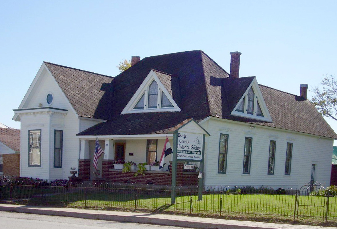 The Dr. Enoch and Amy Zewicki House is the location of the Osage County Historical Society, which was founded in 1981.