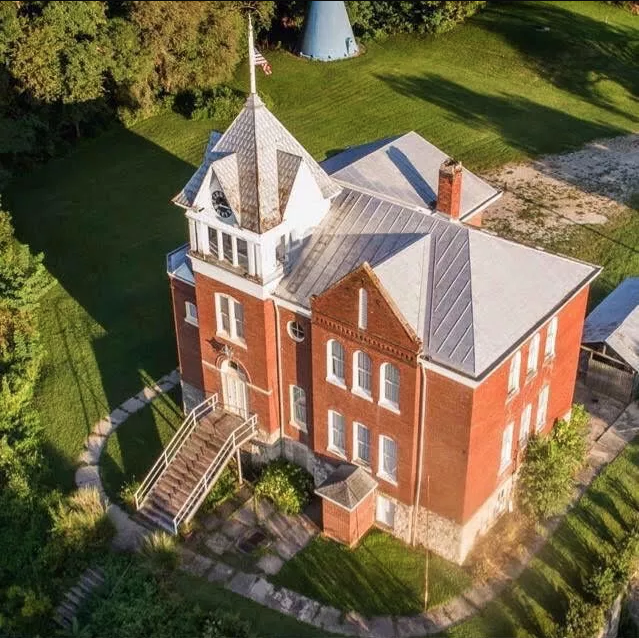The former Chamois Public School was erected in 1876 and is now the Old School on the Hill Bed & Breakfast.