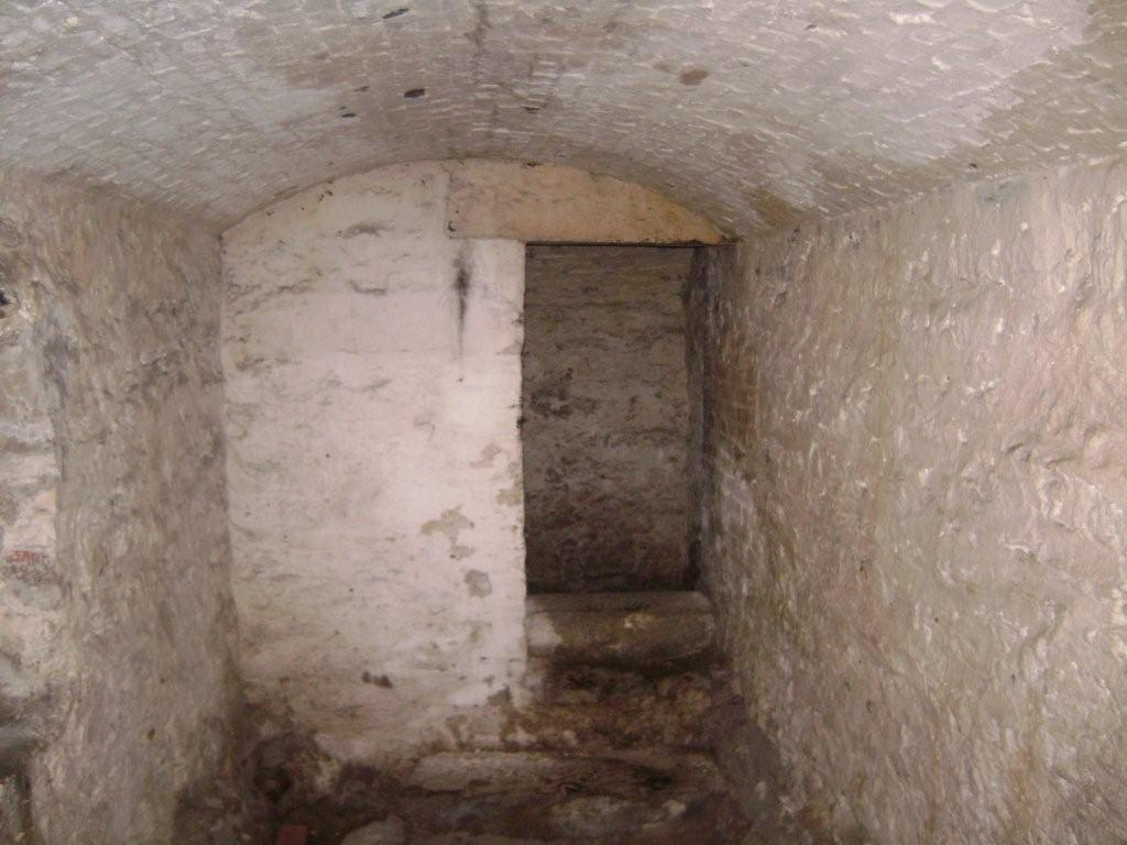 Casemate #11 where prisoner William Howe was held during his trial