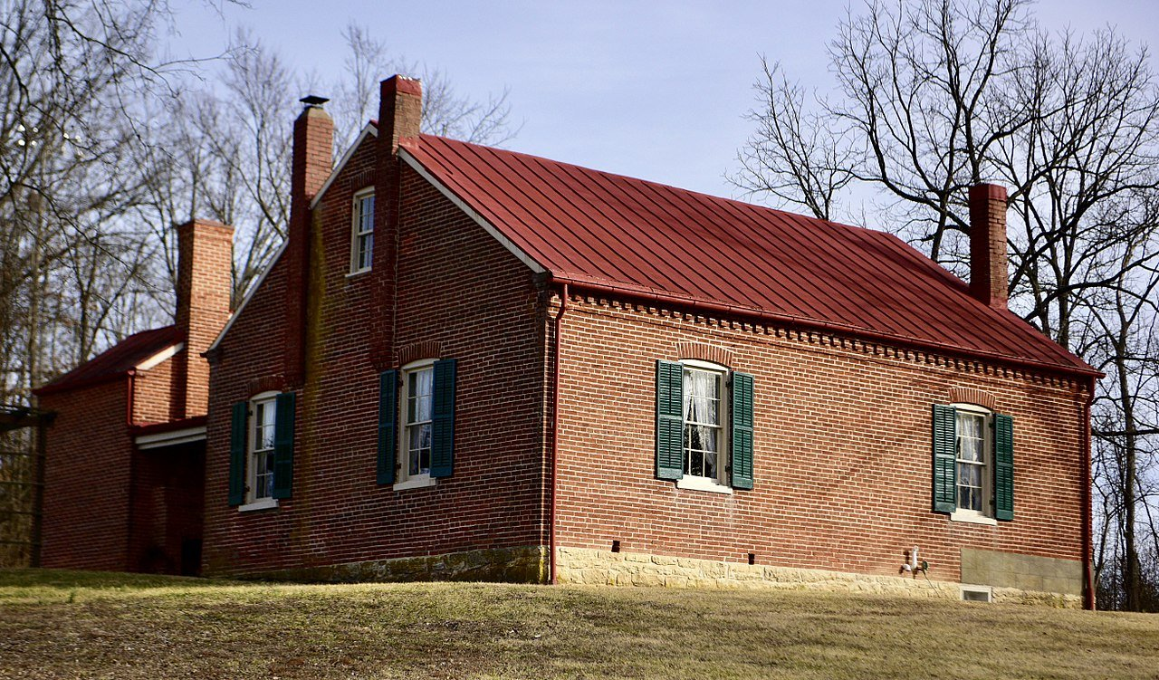 The Louis Kohmueller House is a well-preserved excellent example of Missouri-German architecture.