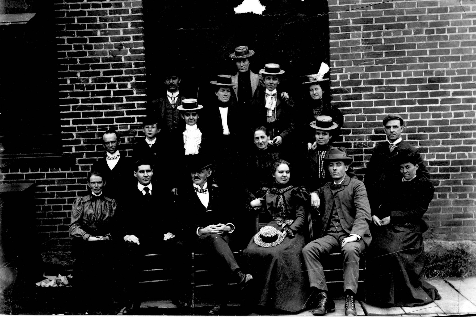 A group of workers in the early 1900s. At one point D. E. Abbott & Co. was the second-largest employer in Huntington. Image courtesy of Marshall University Special Collections.