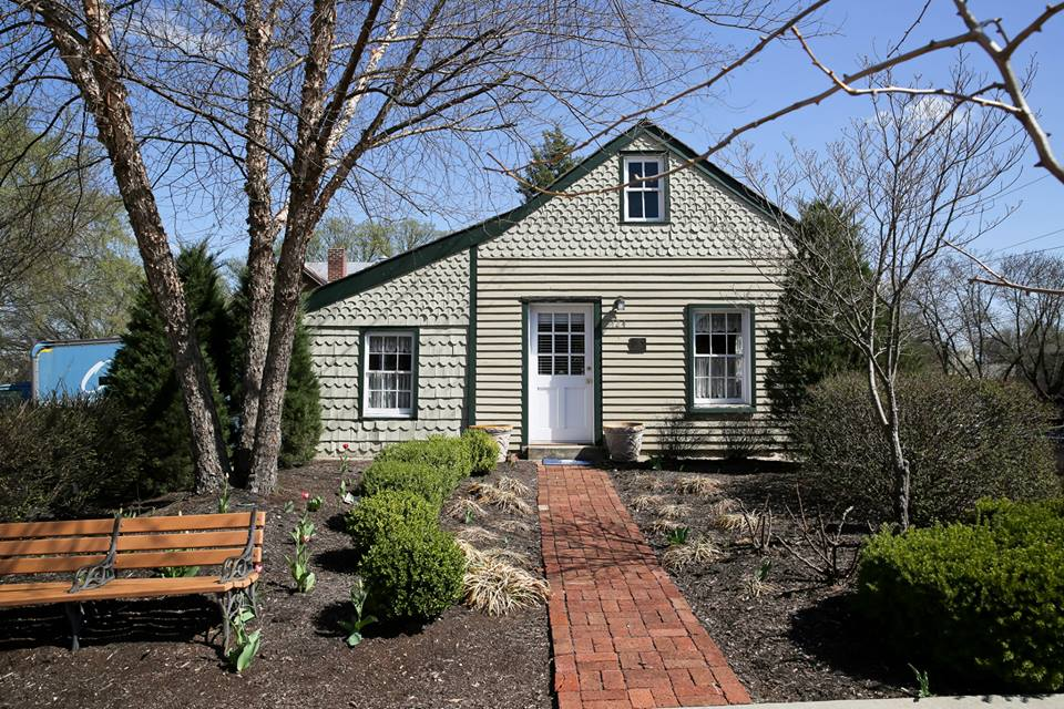 Gottfried's Cabin was built in 1834 and is the oldest building in the city.