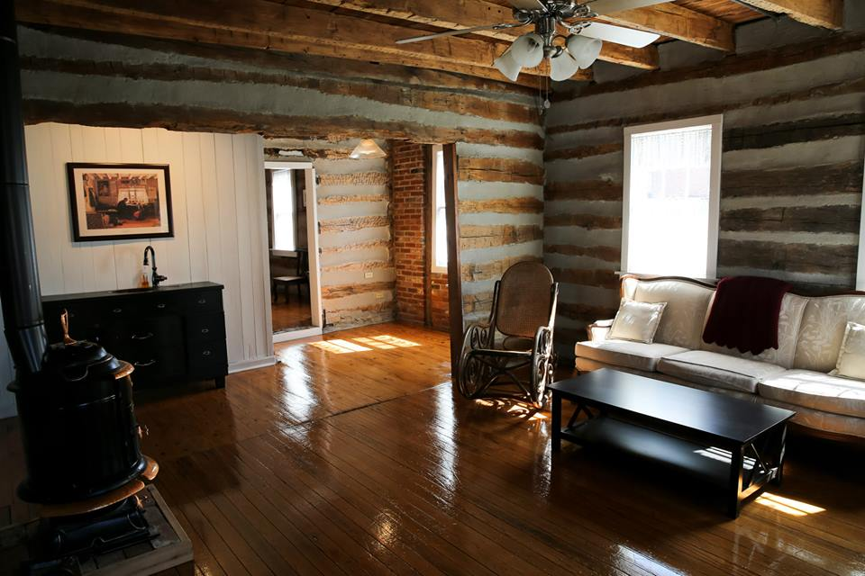 Guests can enjoy the whole cabin to the themselves.
